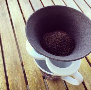 コーヒーハットとマグカップ