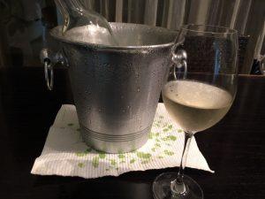 ワインクーラーとスポンジワイプ