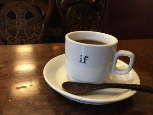 if珈琲店のカップ